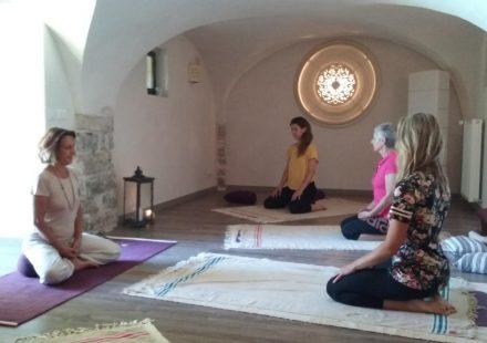 Week-end ressourcement – Stages Yoga – Méditation – Sophrologie